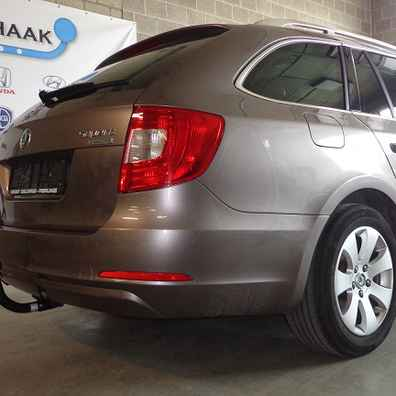 Attache remorque skoda superB