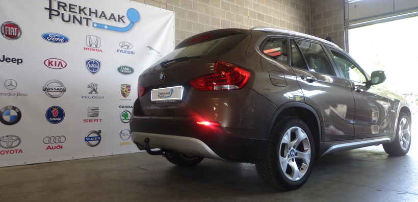 Trekhaak bmw x1